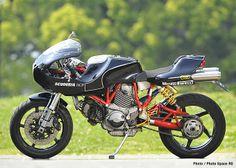 MH900e Black