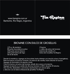 Librito con receta de brownie con dulce de grosellas Tía Regina