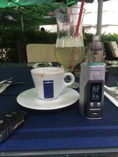 beautiful noon at one of bucharest best restaurants. Rocking the RX200s and the Theorem