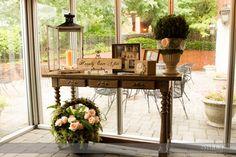 Sentiment & Gift Table