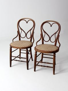 antique bentwood chair set of 2 with heart back