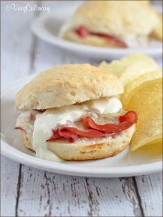 Biscuit Reuben Sandwiches #reuben #StPatricksDay #recipe