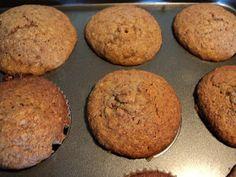 Det er jo utroligt hvad man kan putte i muffins og denne opskrift fandt jeg i bogen 'Muffins' fra forlaget Exlibriz. Jeg havde en rest brun...