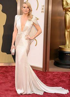 Kate Hudson best Oscar gown. I love vintage.