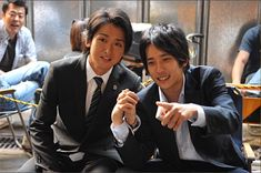 in the year negative a billion, arashi might not have been here. in the year they were here, and you could meme them, and some people memed them. Japanese Drama, Japanese Boy, Ninomiya Kazunari, Japan Art, Boy Bands, Fangirl, Idol, Handsome, Actors