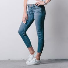 Womens Mid Rise Cropped Skinny Jeans In Destructed Vintage | DSTLD Luxury Jeans & Essentials | No Retail Markup