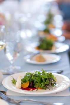 QUESTIONS TO ASK: SELECTING THE CATERER | It girl weddings, beet salad, gourmet salad, wedding salad http://itgirlweddings.com/questions-to-ask-selecting-the-caterer/