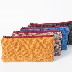 WRISTLET CLUTCH COLLECTION