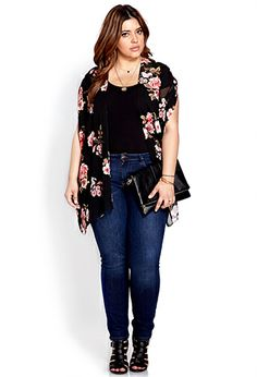 Rachel N: Cherry Blossom Chiffon Kimono Chubby Fashion, Curvy Girl Fashion, Plus Size Fashion, Fashion Black, Plus Zise, Mode Plus, Curvy Outfits, Casual Outfits, Fashion Outfits