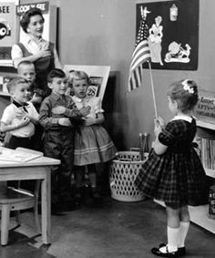 Children saying the Pledge of Allegiance to the American flag on Romper Room. I was on Romper Room! This Is Your Life, Way Of Life, My Childhood Memories, Best Memories, Family Memories, Midcentury Modern, Photo Vintage, Vintage Photos, Vintage Tv