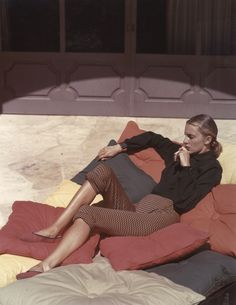Slim Keith. I see something of Edward Hopper in this photo. The light, maybe. The loneliness, too.