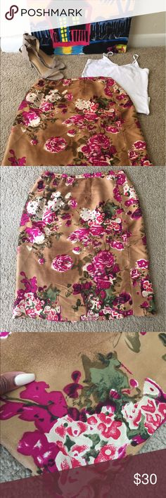 Floral Silk Skirt 100 % silk in great condition norah noh Skirts Pencil