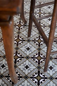 Beautiful tile flooring with a classic and interesting pattern that is not  overpowering. 424e476a3b4c
