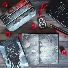 Catching up on a few tags today with these gorgeous beauties!! Seriously, how gorgeous are all of @lbardugo's books?!?! Six of Crows is super high up on my must-read-ASAP list! ❤️ . Tags:...