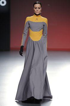 haute couture fashion Archives - Best Fashion Tips Cyberpunk Mode, Cyberpunk Fashion, Runway Fashion, High Fashion, Fashion Outfits, Fashion Tips, Haute Couture Style, Diy Fashion Drawing, Space Fashion