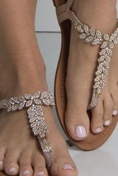 Detail View Summer Shine Embellished Sandal in Champagne - Schuhe Ideen Zapatos Shoes, Shoes Flats Sandals, Cute Sandals, Dress Sandals, Shoe Boots, Bride Shoes Flats, Pretty Sandals, Flat Dress Shoes, Beautiful Sandals