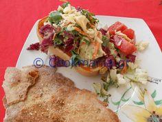 Κολοκύθα γεμιστή με πλούσια σαλάτα και το dressing της Salad Recipes, Salads, Salad, Chopped Salads