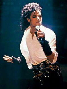 Michael Jackson in Dirty Diana Paris Jackson, Mike Jackson, Michael Jackson Bad Era, Jackson Family, Bad Michael, Michael Jackson Thriller, Lisa Marie Presley, Elvis Presley, Invincible Michael Jackson