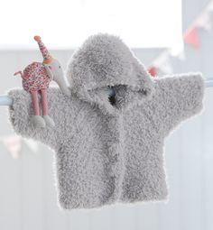 Free knitting patterns & patterns - Emmanuelle Buscher - - Modèles & patrons tricot gratuits Plush Layette Plus Coat - Knitting Patterns Free, Knit Patterns, Free Knitting, Baby Knitting, Crochet Baby, Knit Baby Sweaters, Baby Coat, Baby Couture, Knitting For Kids