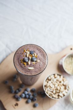 lazy lady blueberry cashew smoothie