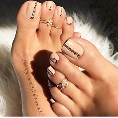 Toe nail art design for summer and fall