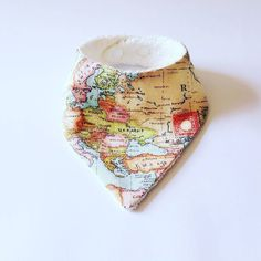 The map bandana bib - essential for all your geographical queries (and your baby's dribble obvs)  Individually hand crafted in London  Made from organic bamboo  #wawas #shopsmall #bandanabib #bibs #babybib #organic #handmade #crafts #craftsposure #babyfashion #dribble #bamboo #madeinlondon #handmade #teething #teethingbaby by wawas_uk