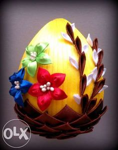 kanzashi mlp - Szukaj w Google Christmas Cover, Christmas Sale, Christmas Ornaments, Quilted Ornaments, Fabric Ornaments, Ribbon Projects, Ribbon Crafts, Easter Fabric, Diy Ostern