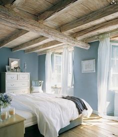 Nice Fancy Small Master Bedroom Design Ideas For Small House. - Cazoz Diy Home Decor Bedroom Paint Colors, Rustic Bedroom Decor, Home, Small Master Bedroom, Best Paint Colors, Relaxing Bedroom, Blue Bedroom, Bedroom Colors, Small Rooms
