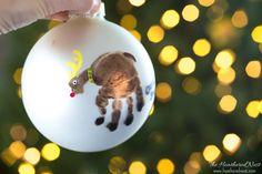 Handprint Ornament and DIY Christmas Ornament Ideas Diy Christmas Keepsakes, Handmade Christmas, Holiday Crafts, Christmas Crafts, Christmas Ideas, Holiday Ideas, Holiday Decor, Handprint Christmas Tree, Kids Christmas Ornaments