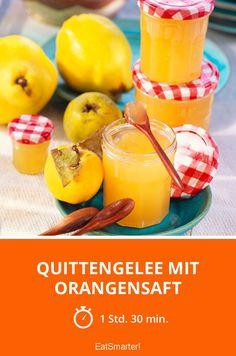 Quittengelee mit Orangensaft - smarter - Zeit: 1 Std. 30 Min. | eatsmarter.de Chutneys, Healthy Eating Tips, Healthy Nutrition, Quince Jelly, Vegetable Drinks, Party Snacks, Food Menu, Fruits And Vegetables, Brunch