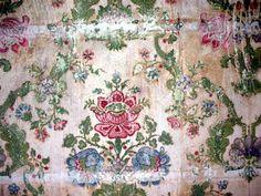 Wallpaper pattern, north corridor, Midland Grand Hotel, St Pancras Chamber London UK