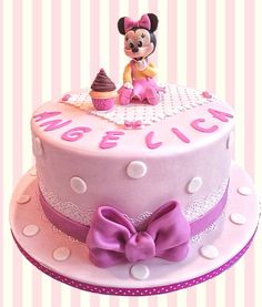 Baby Minniemouse themed cake for a frst birthday!