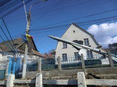 Unterwegs in Rumänien. Teil 3: Von Sibiu nach Sighisoara (Schässburg)   ReiseFreaks ReiseBlogDenkmal für Raketenpionier Oberth in seinem Geburtsort