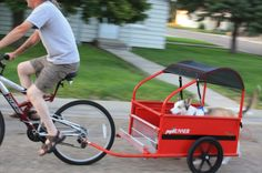 Photos of pupRUNNERS Dog trailer a unique folding bike trailer. Dogs can safely run or walk while you bike ride. Sidecar, Dog Bike Trailer, Bike Trailers, Biking With Dog, Dog Stroller, Cool Bike Accessories, Pet Carriers, Bike Design, Custom Bikes