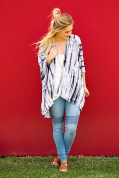Kimono tie dye drapey cardigan. This super trendy tie dye kimono style cardigan is perfect for layering over any of our Piko short sleeve tops, Piko tank tops, or Piko tunics. Oversized flowy fit. Mod