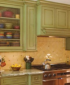 green kitchen cabinets on Pinterest | Painted Cabinets ...