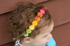 note to self....remember this headband....use it in a variety of ways.  LOVE it