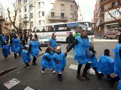 #INFC talpets creuant per TGN sota l'atenta mirada de la granota Ramon Jordi!! A @Col·legi Mare de Déu del Carme (Carmelites) ens ho passem bé pic.twitter.com/aFvK12t18r