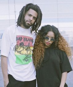 Listen to every J Cole track @ Iomoio Soul Singers, Female Singers, Best R&b Artists, Neo Soul, Hip Hop And R&b, J Cole, Rock T Shirts, Famous Women, Alter