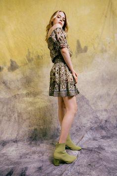 Nicole Miller Pre-Fall 2021 Collection - Vogue Nicole Miller, Vogue Paris, Fashion Beauty, Fashion Looks, Fashion Show Collection, Mannequins, Fashion 2020, Fashion Trends, Short Skirts