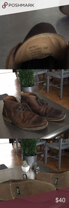 BASS/ Men's Leather / Chukka/ Boot/ Shoe EUC/ rubber soles/ antiqued leather/ Bass Shoes Chukka Boots