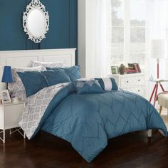 FREE SHIPPING AVAILABLE! Buy Chic Home Maddie 10-pc. Midweight Comforter Set at JCPenney.com today and enjoy great savings. Available Online Only!