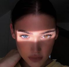 What's your eye color using emojis? Beautiful Eyes Color, Pretty Eyes, Cool Eyes, Aesthetic Eyes, Aesthetic Makeup, Aesthetic Girl, Urban Aesthetic, Heterochromia Eyes, Best Friend Fotos