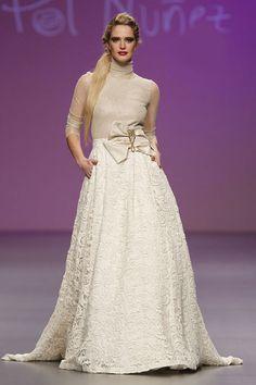 Vestidos de novia de manga larga para 2013 #bodas #vestidos