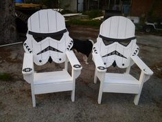 Esta silla se forma para asemejarse a un Storm trooper de Star Wars de las guerras de la estrella películas. Es un enorme, robusto, todos silla de madera que cualquier fan de sci fi disfrutar. Es un mans silla de tamaño para dar cabida a un hombre de verdad sentado en él, no como esos baratos verde plástico que siempre se rompen. Llevará a cabo 500 libras sin problema. Se verá estupenda en su patio, cubierta, o incluso en el interior si lo desea. También se puede pedir para 149.00 sin…