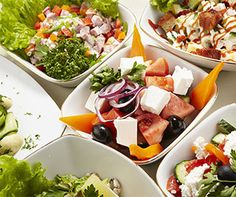Lunching at work? Think outside the cubicle. Start a healthy lunch club. #NutritionMonth #Tip