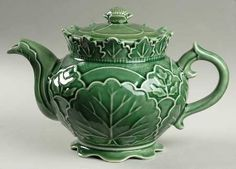 majolica teapot - Google Search I love little majolica teapots