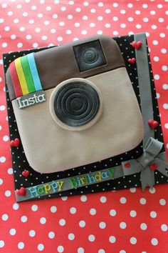 Instagram cake - Ding Dang Cakes is making this cake for My daughters 14th Birthday!!  LOVE! https://www.facebook.com/DingDangCake