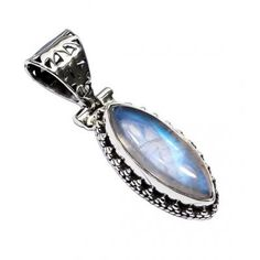 #jewelry #jewel #cosmocrafter #bijoux #indianjewelry #bijouxindiens #women #india #handmadejewelry #accessories #fashion #madeinIndia #followus #jaipur #hippiestyle #preciousstone #pierresprecieuses #power #stone #jewelrygram #faitmain #jotd #jewelryoftheday#summervibes #necklace #pendant #collier #pendentif #pierredelune #moonstone #rainbowmoonstone