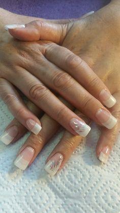 Crystal nail sculpture